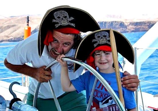 Catamaran sailing with family in Lanzarote