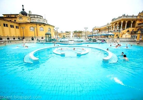 Széchenyi outdoor pool