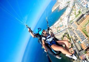 Adernaline turns paragliding Tenerife