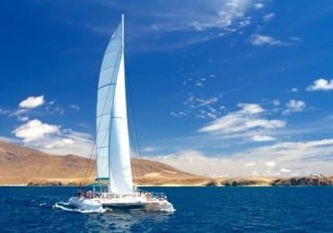Catamaran sailing from Fuerteventura to  Papagayo