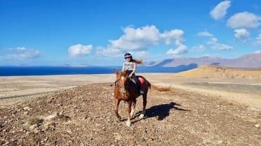 Caleta Famara horseback riding excursion in Lanzarote