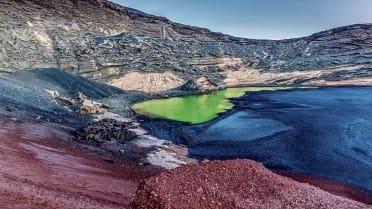 El Golfo emerald lake  Lanzarote Grand Tour