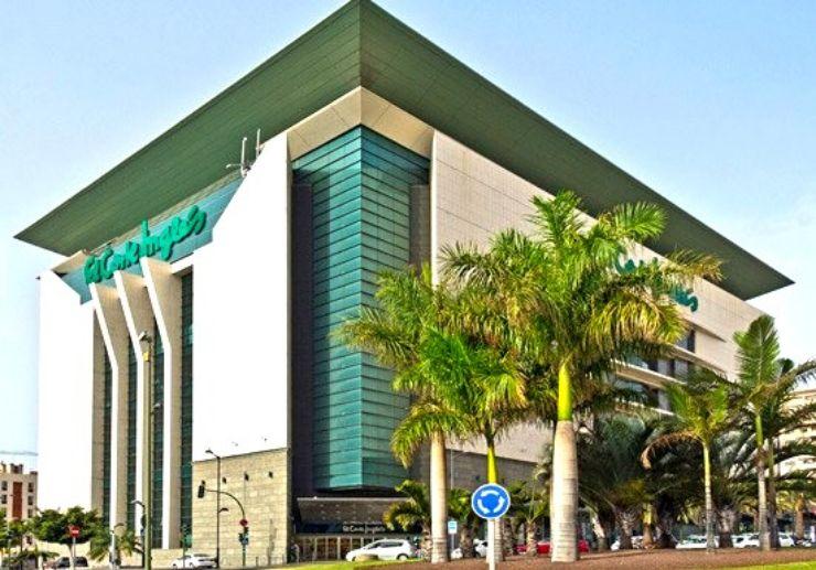 Corte Ingles shopping centre in Santa Cruz