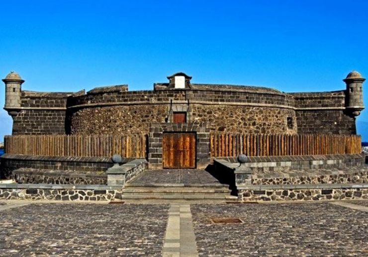 The fort by the sea front of Santa Cruz de Tenerife