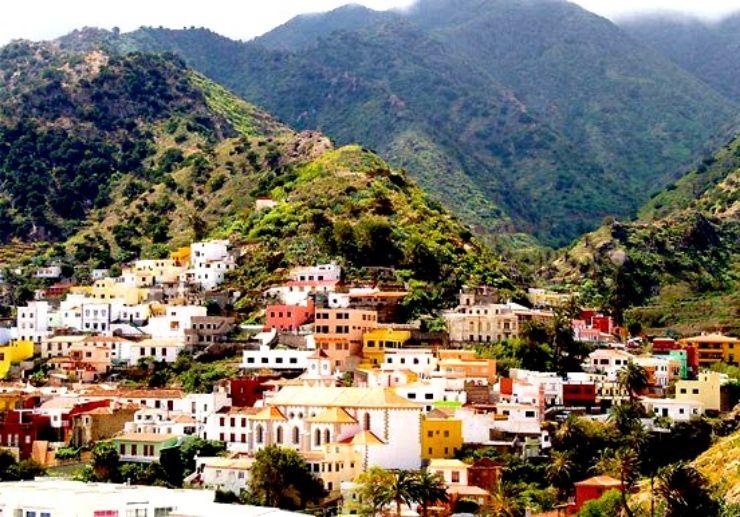 Vallehermoso in La Gomera