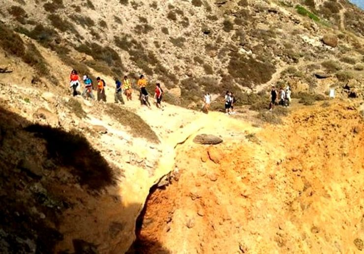 hiking in Gran Canaria landscape