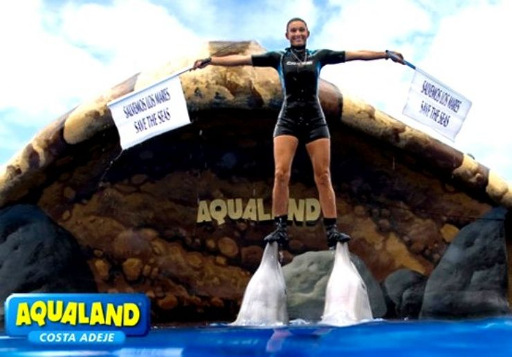 Aqualand dolphin show in Tenerife