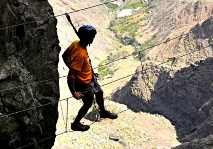 Ferrata in Gran Canaria high cliffs