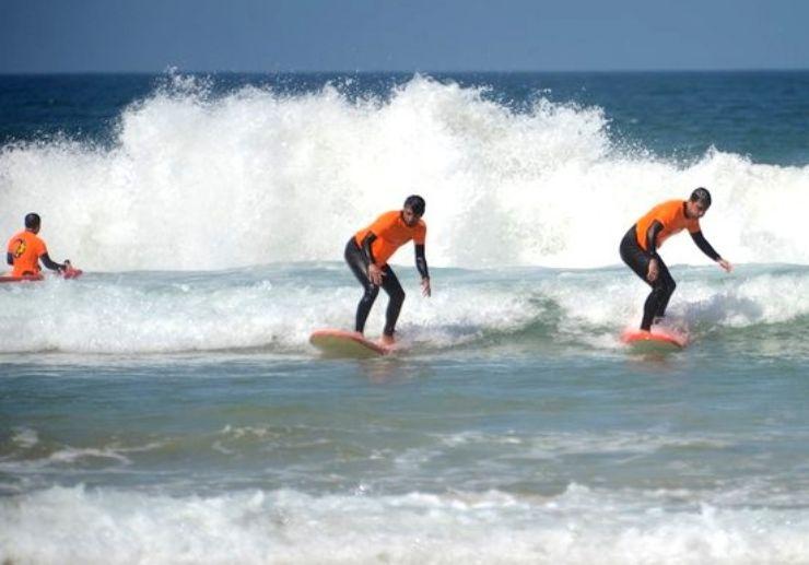 Caleta de Fuste surfing course