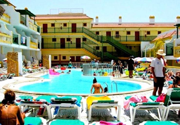 Surf camp hotel Caleta outdoor pool Fuerteventura