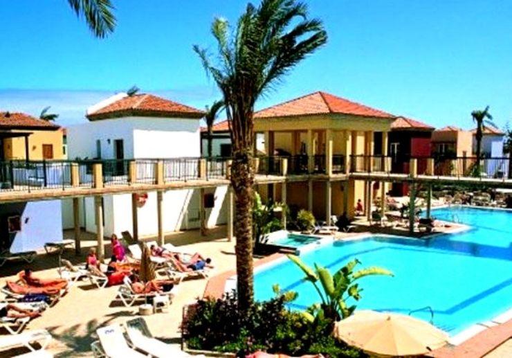 Bronce Mar Beach outdoor pool Fuerteventura