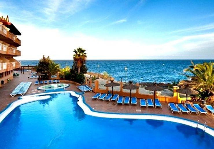 Hotel Elba Castillo pool