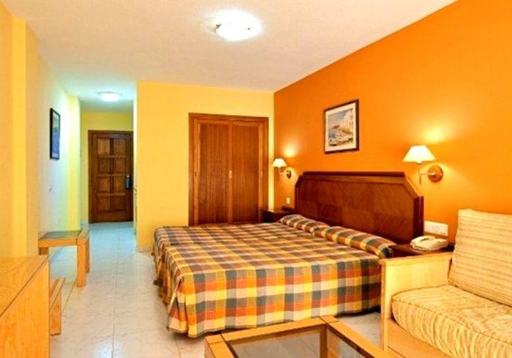 Hotel Elba Castillo bedroom for surf camp