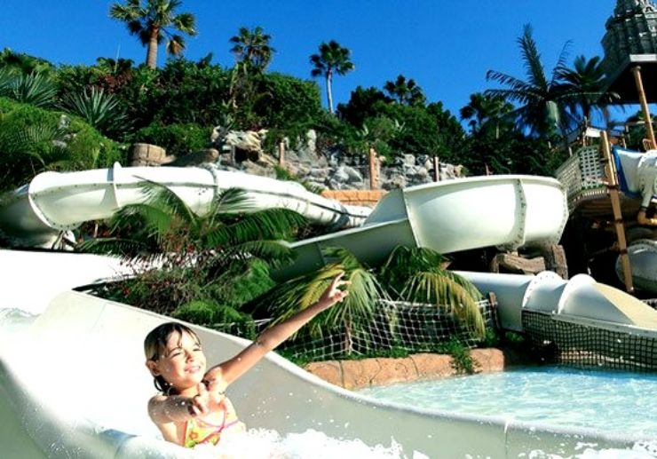 Kids fun at The Lost City in Siam Park