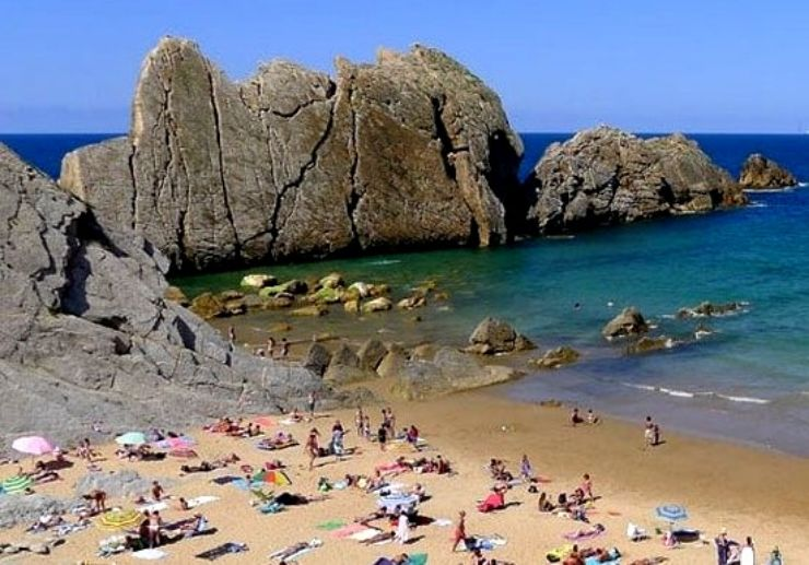 Visit beautiful beach of Santander