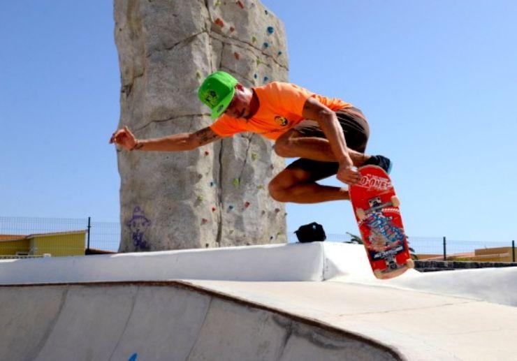 Surfskate or skateboard in Caleta de Fuste