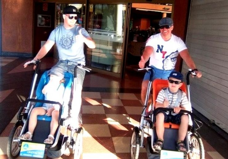 Enjoy a stroll with toddlers in Maspalomas