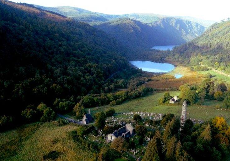 Glendalough scenery tour from Dublin