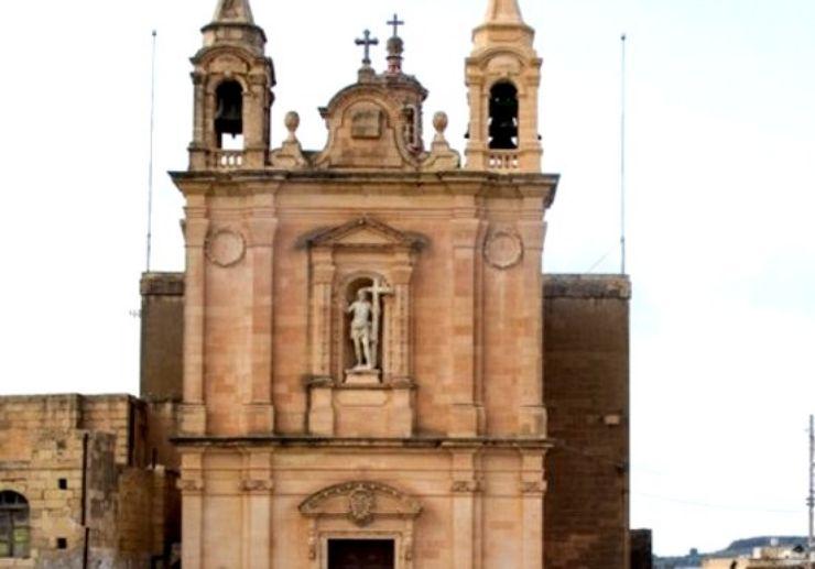 Visit Munxar church in Gozo on a segway