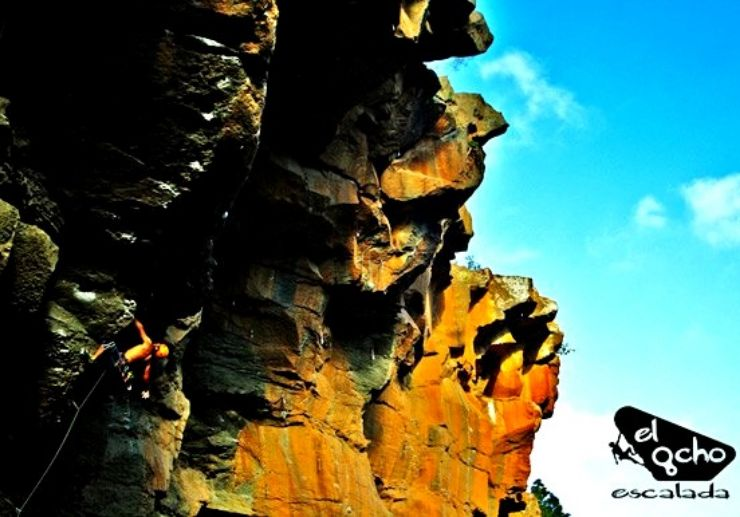 Lead climbing course in Tenerife
