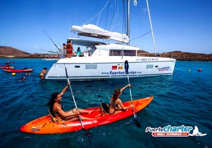 Catamaran sailing with kayaking Lobos island