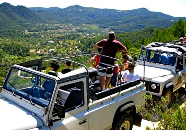 Scenic mountain view Ibiza jeep safari tour