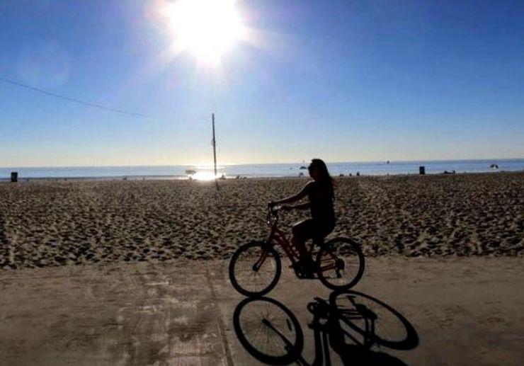 Explore Maspalomas and Meloneras on a e-bike