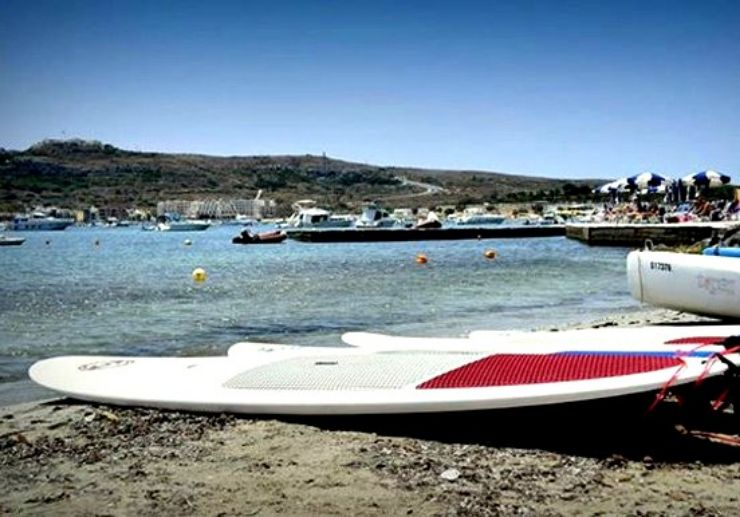 Stand up paddle in Mellieha bay