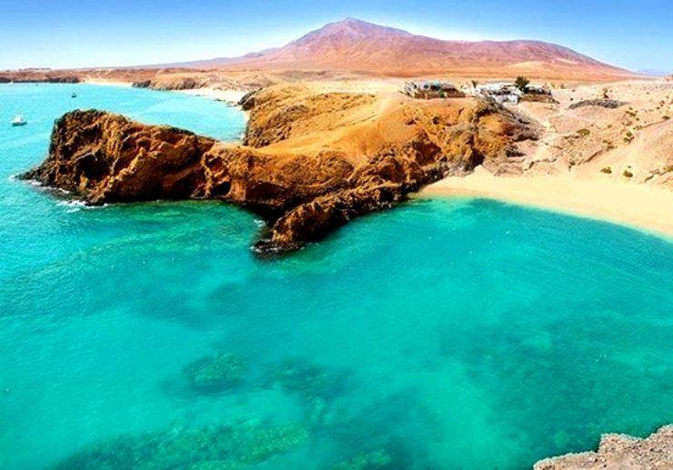 Glass bottom boat to Papagayo beach Lanzarote
