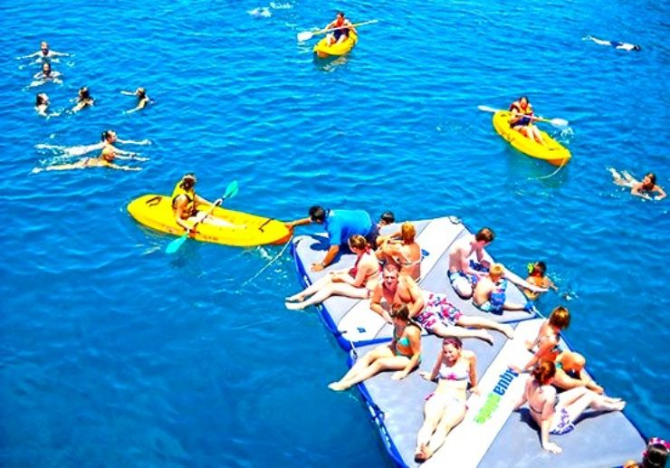 Papagayo sailing with fun kayaks