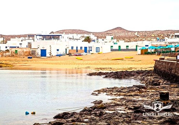 La Graciosa island coastal village