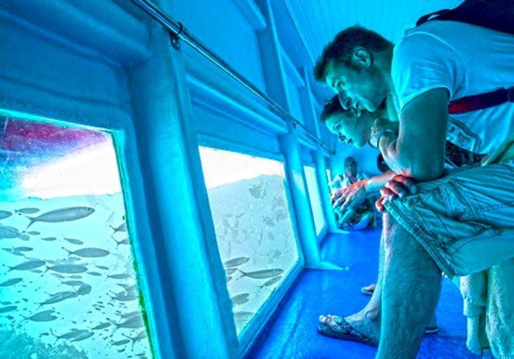 Sail glassbottom boat to Lanzarote Papagayo