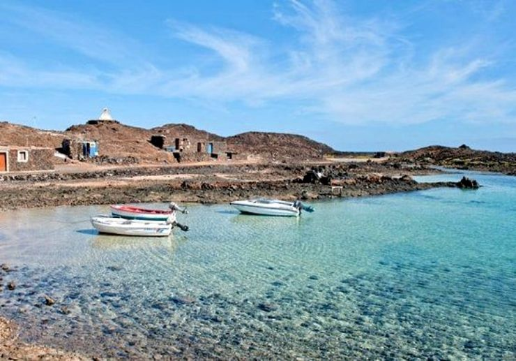Isla de los lobos rustic fishing hamlet