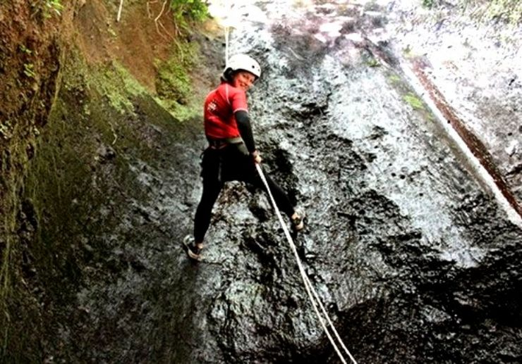 Canyoning in Gran Canaria abseil rock walls