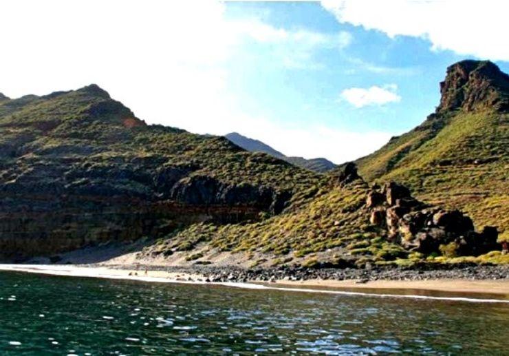 Water taxi boat ride along Tenerife coast