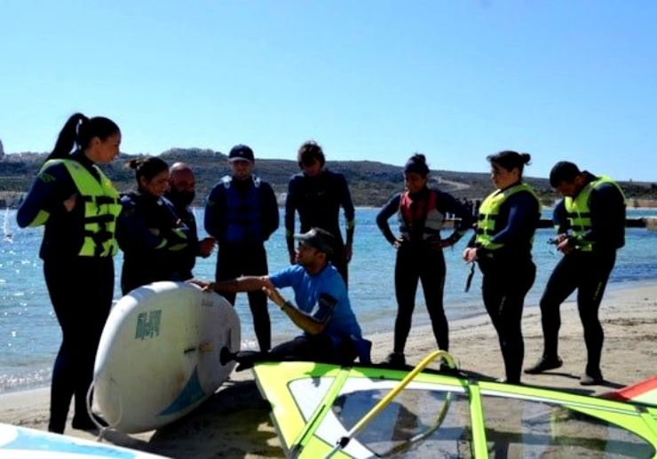Wind surfing courses in Malta