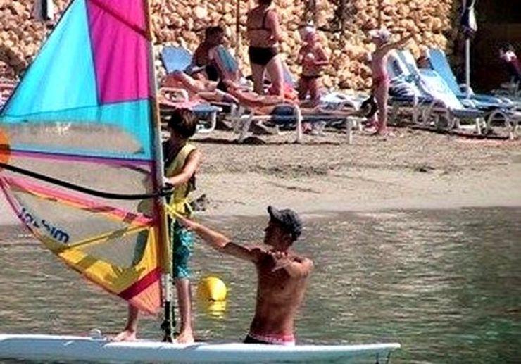 Windsurfing lessons for junior in Malta