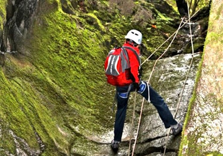 Canyoning in La Palma rock formations