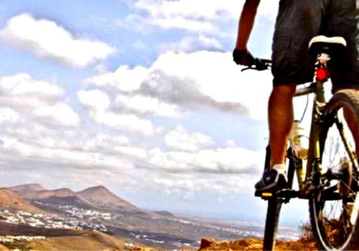 Mountain bike tour in Lanzarote