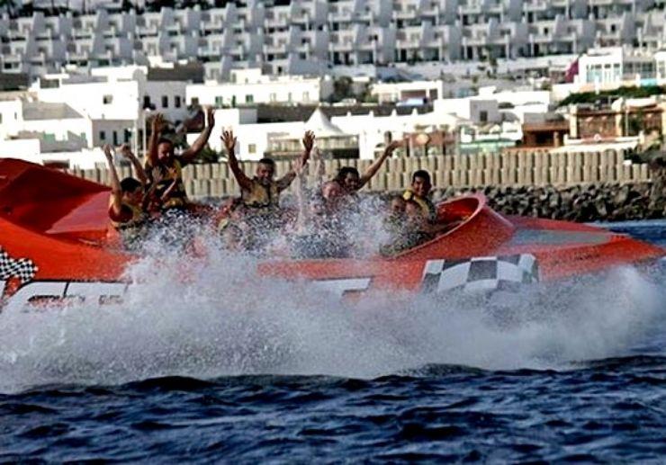 Jet boat adventure in Puerto Carmen