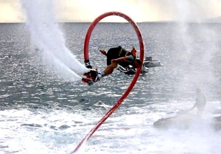Flyboard stunts in Lanzarote