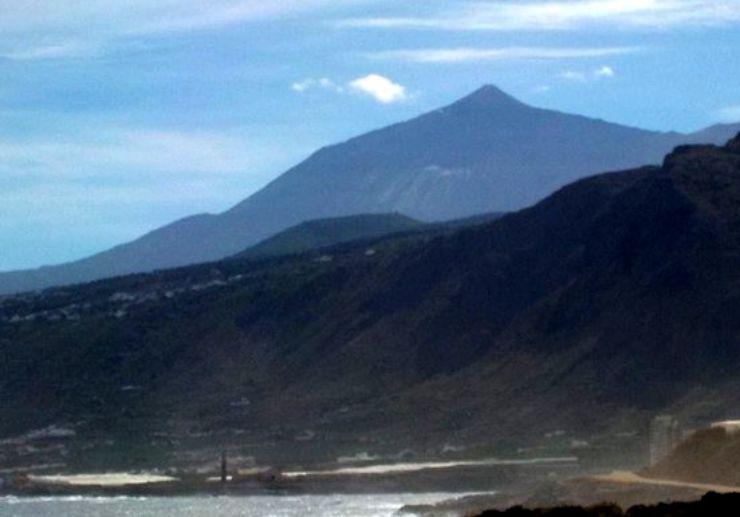 Discover the route to volcanoes via quad tour