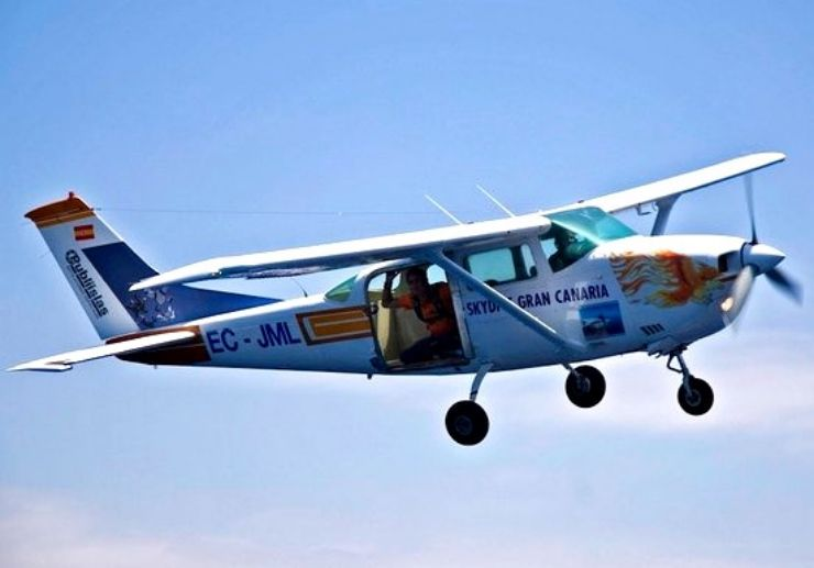 Scenic flight and tandem skydiving Gran Canaria