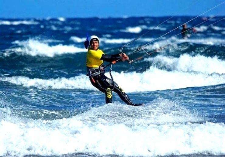 Learn to kitesurf in El Medano Tenerife