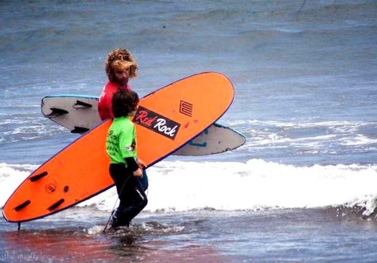 Surf lessons in El Medano Tenerife