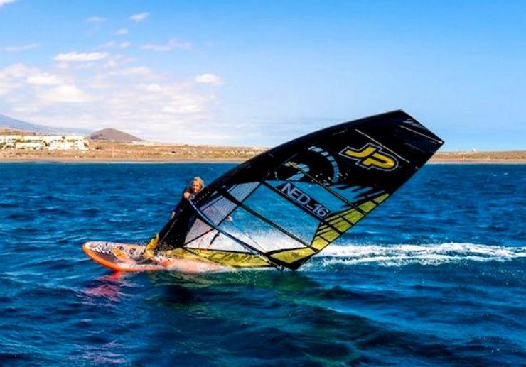 Advanced windsurfing course in El Medano