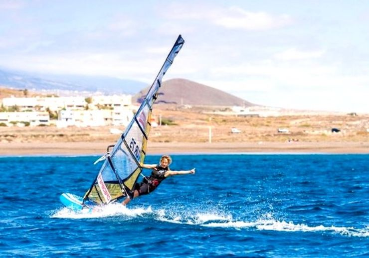 Enjoy windsurfing private lessons in Tenerife