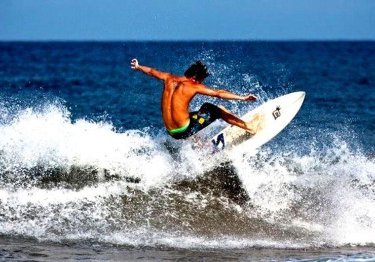 Surfing course in Maspalomas beach