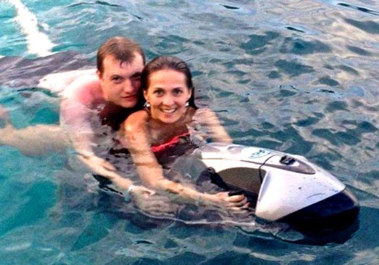 Explore Ibiza waters with seabob