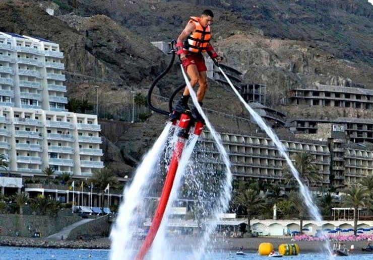 Flyboarding in Gran Canaria